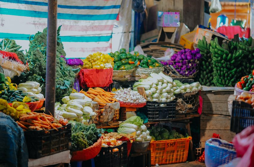 ANALYSIS: Food Inflation Drops 7 Months After Increase